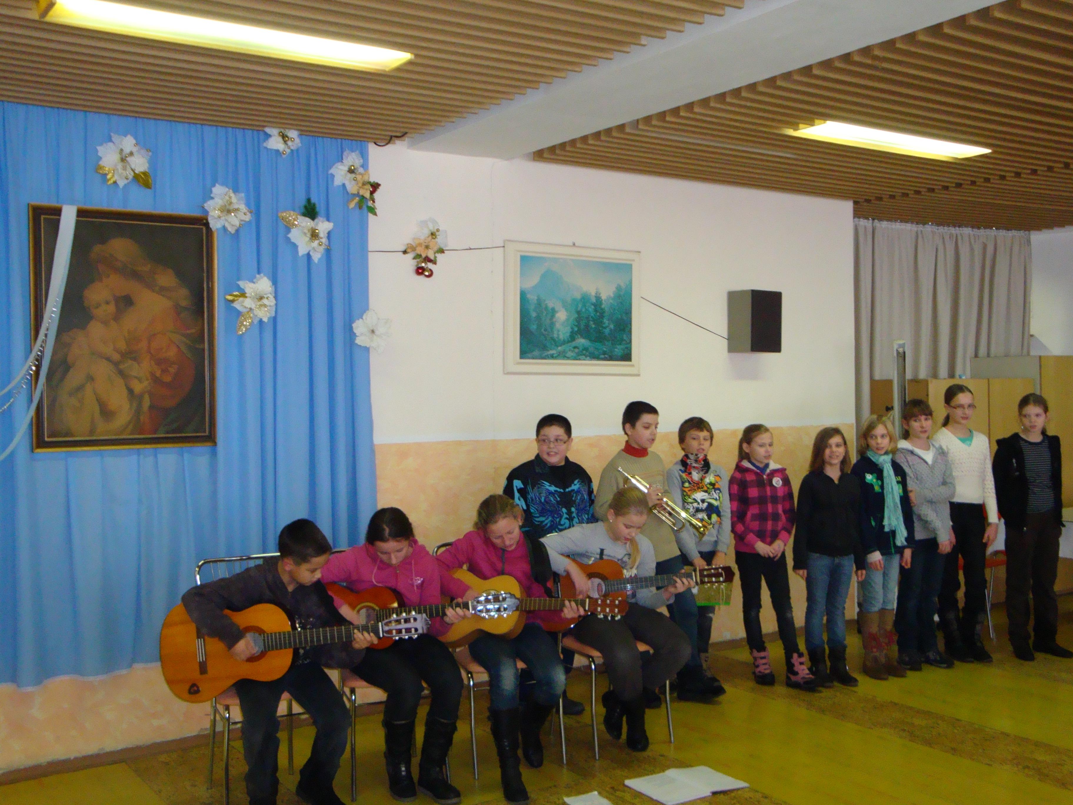 Detské vystúpenie Obchodná  akadémia v Trnave 2011