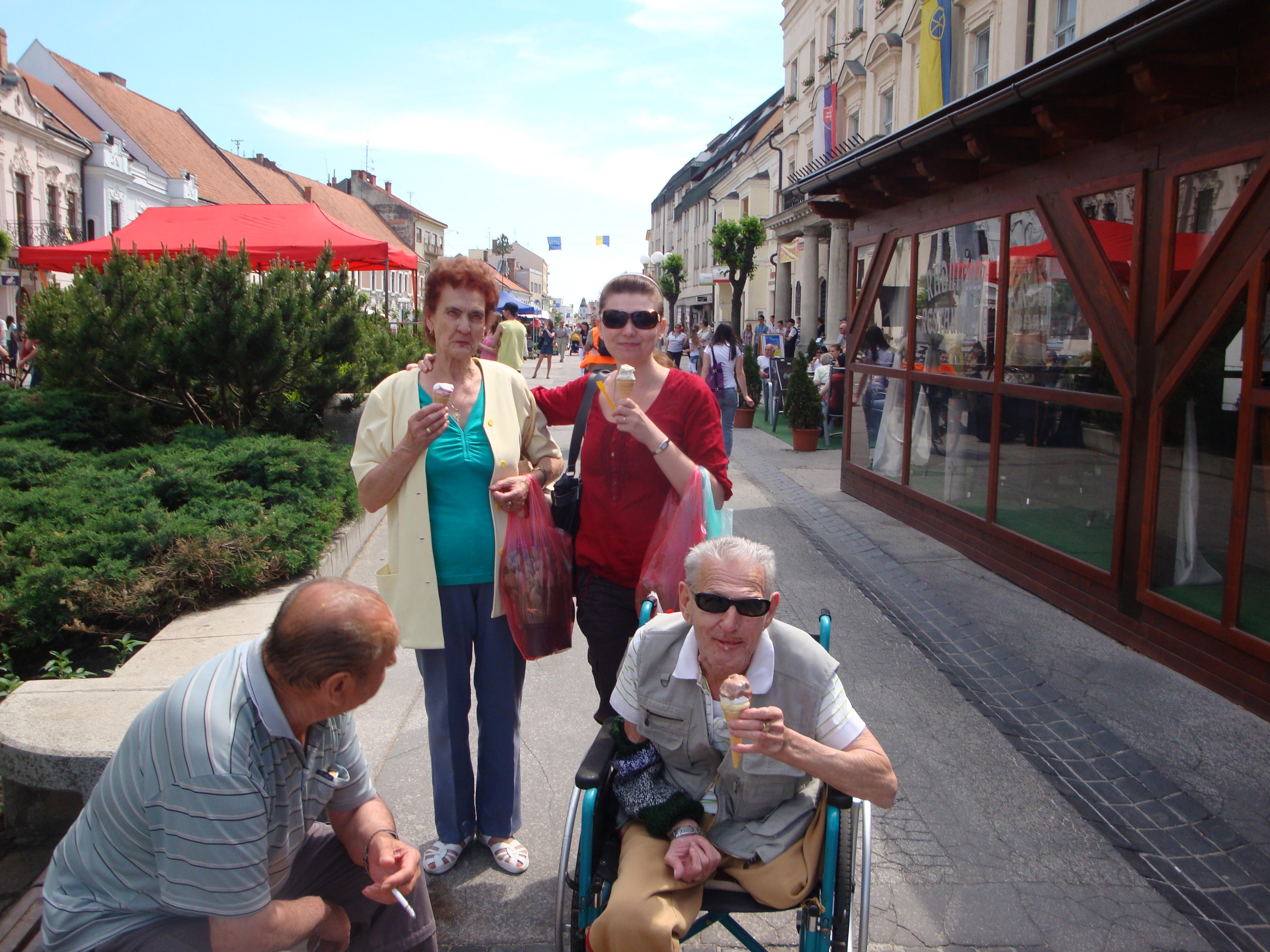 Osvieženie zmrzlinou :-) 2011