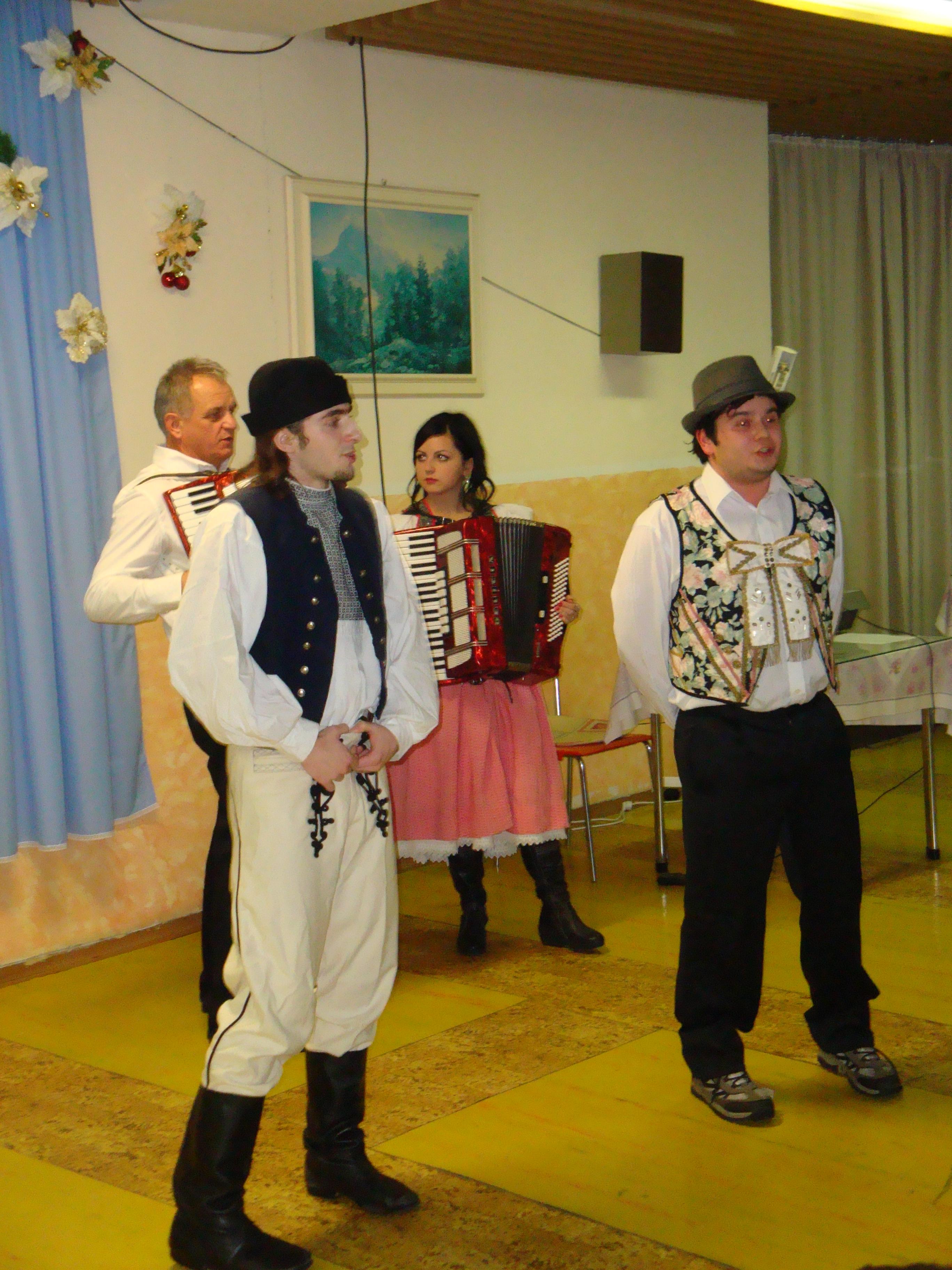 Vianočné vystúpenie - Obchodná akadémia Trnava 2012