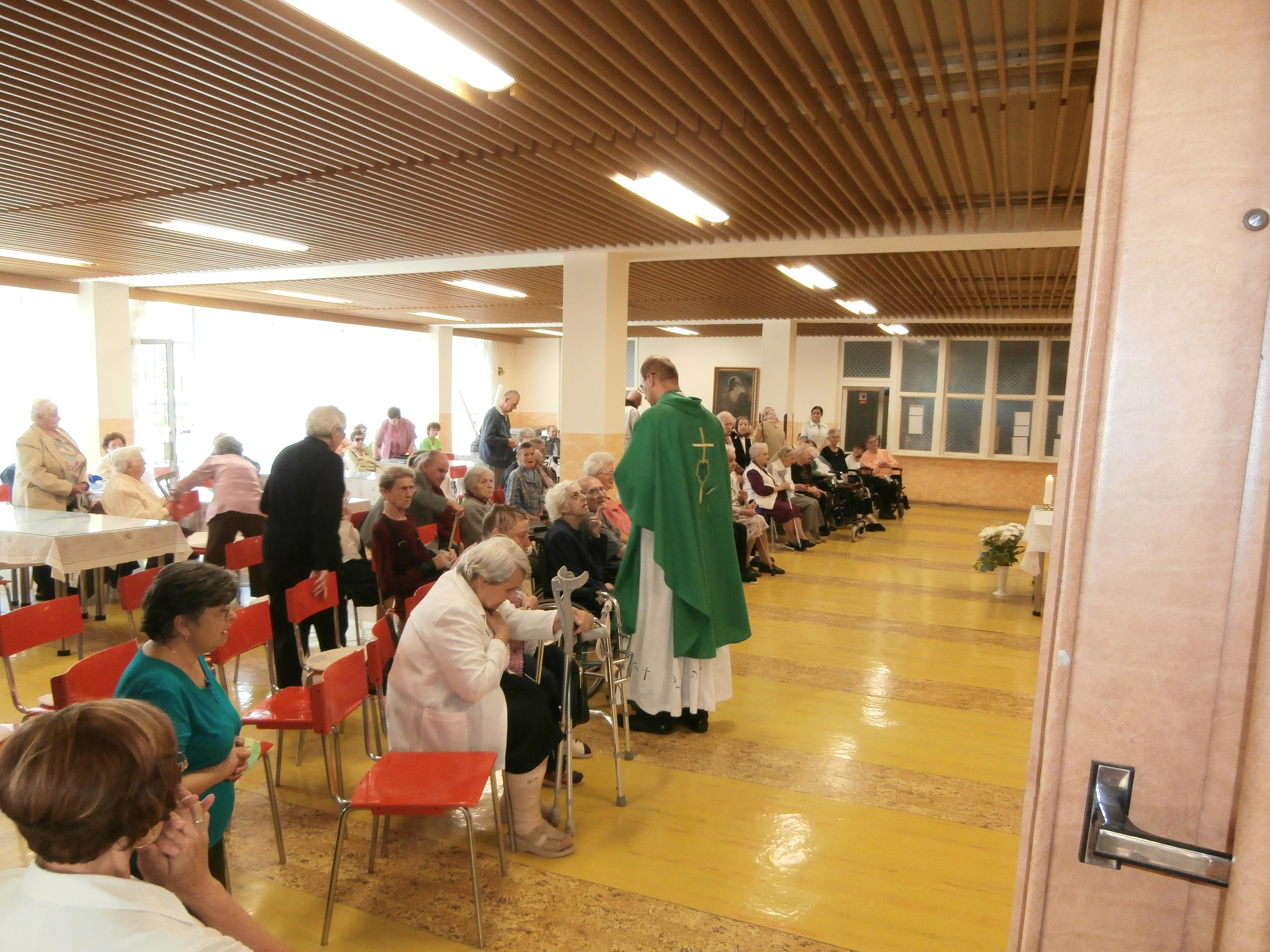 sv. omša pri príležitosti osláv Dňa matiek 2013
