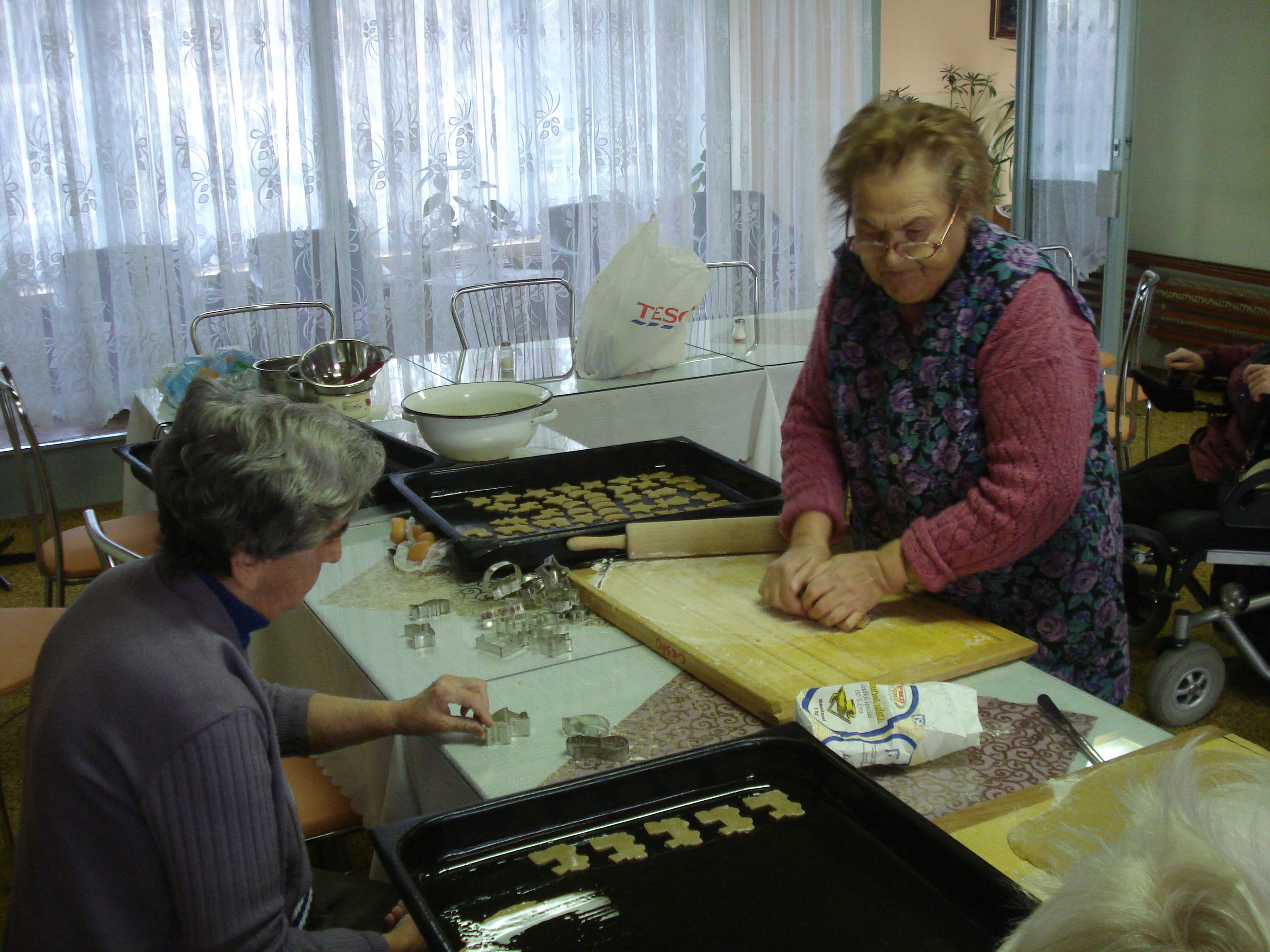 Vianočné pečenie perníkov 2009